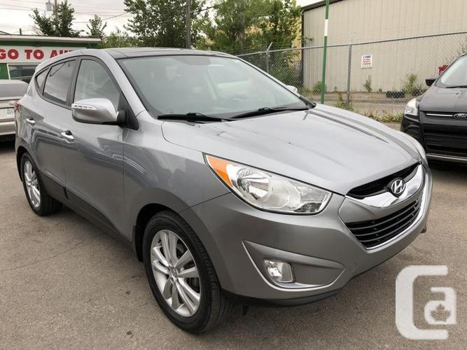 2011 Hyundai Tucson Limited AWD SUV - Navigation,