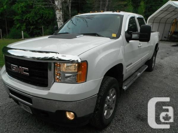 2011 Sierra SLT Pickup - $10000