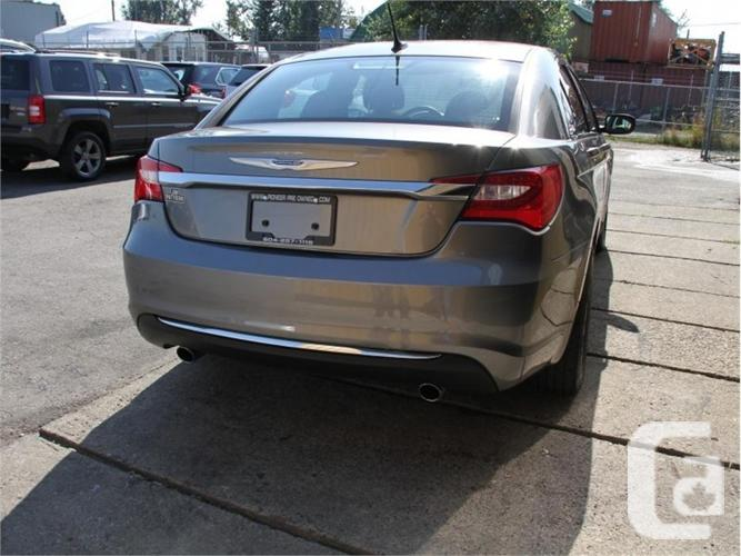 2012 Chrysler 200 TOURING   - Heated Seats -  Remote