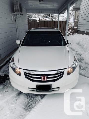 2012 Honda Accord EX-L Sedan very good milage/111,000km