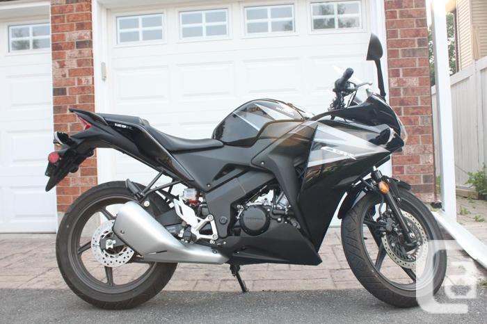 2012 Honda CBR 125R - Great Starter Bike, Low KMs!