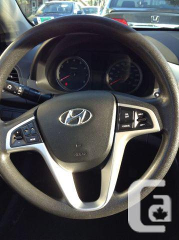 2012 Hyundai Accent GL Hatchback