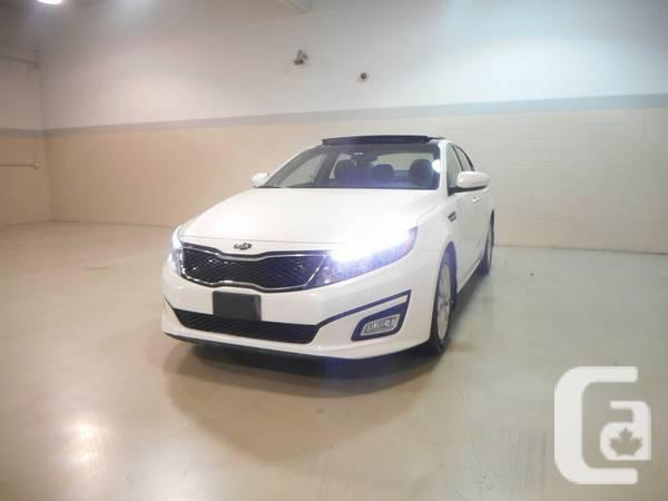 2012 KIA OPTIMA EX WITH PANORAMIC SUNROOF AND LEATHER
