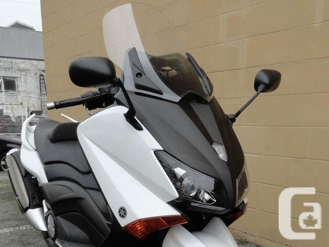 2012 T-Max 500 Scooter. * SALE !!! *