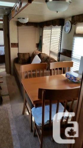 2012 v lite flagstaff camper Reduced