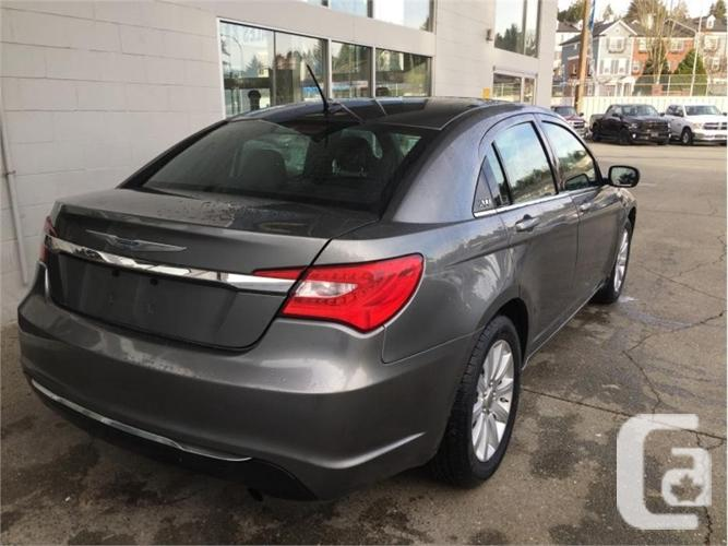 2013 Chrysler 200 TOURING  - Heated Seats -  Remote