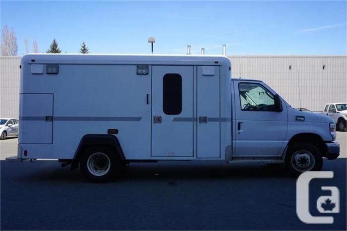 2013 Ford E350 Ambulance