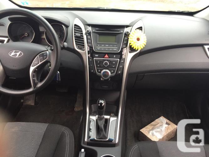 2013 hyundai elantra GT auto + warranty, 42000km