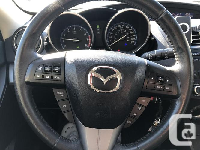 2013 Mazda 3 only 57000KM