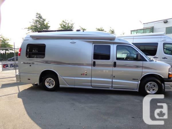 2013 ROADTREK 210 Popular Class B Camper Van BC - $121337 in Coquitlam,  British Columbia for sale