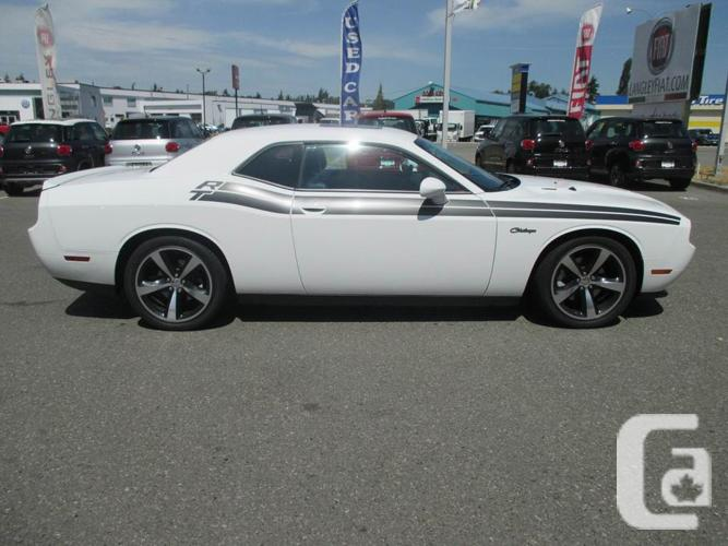 2014 dodge challenger rt hemi powered moonroof navigation for sale in langley british. Black Bedroom Furniture Sets. Home Design Ideas