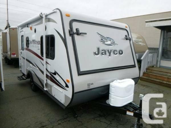 Wonderful The 2012 White Hawk Is Jayco Incs Newest Entry In The Ultralight Travel Trailer Market According To A Press Release, The White Hawk Offers All The Features And Amenities Of A Traditional Travel Trailer, But Can Be Towed By Most Halfton