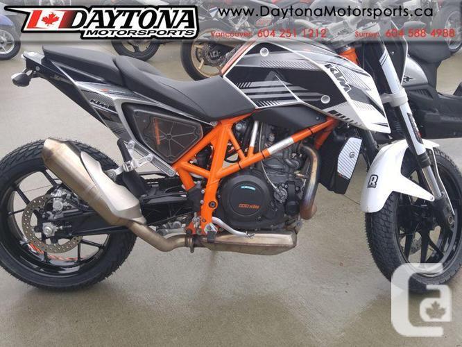 2014 KTM 690 Duke Standard Motorcycle. * Brand new