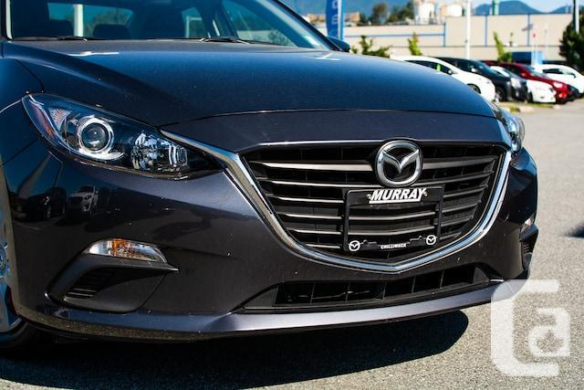 2014 Mazda 3 GS LOW KM'S