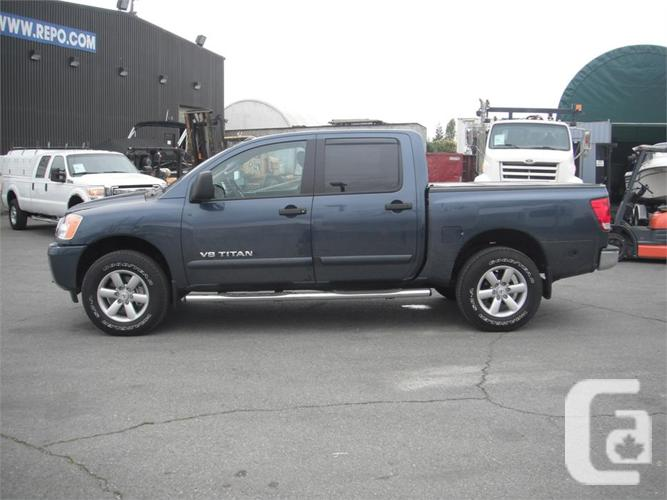 2014 nissan titan sv 4x4 crew cab for sale in salmo british columbia classifieds. Black Bedroom Furniture Sets. Home Design Ideas