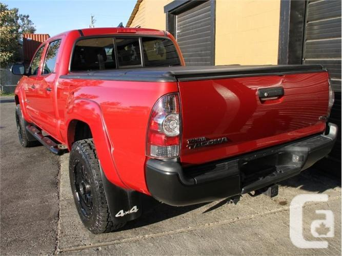 2014 Toyota Tacoma LIMITED  - After Market Lift &