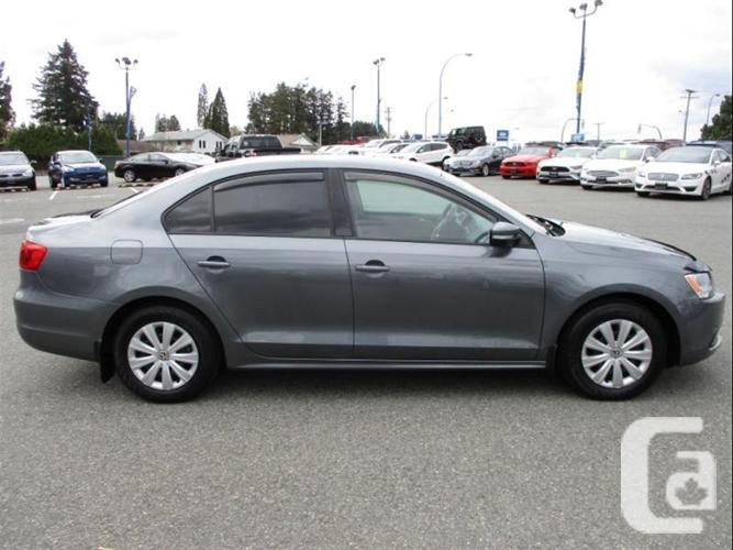 2014 Volkswagen Jetta Sedan Trendline+ - one owner,