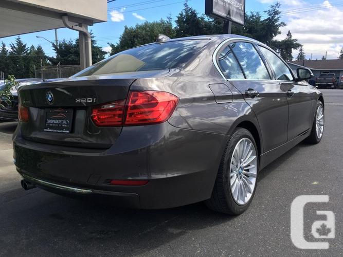 2015 BMW 328i xDrive - WITH 47,850 KMS