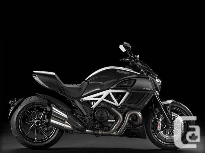 2015 Ducati Diavel Carbon Motorcycle for Sale