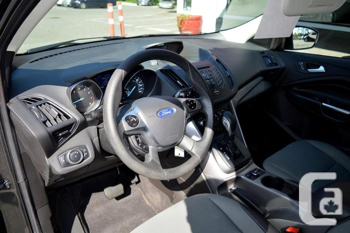 2015 Ford Escape 4WD SE - One Owner / No Accidents