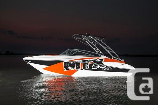 2015 RINKER 220MTX EXTREME Boat for Sale
