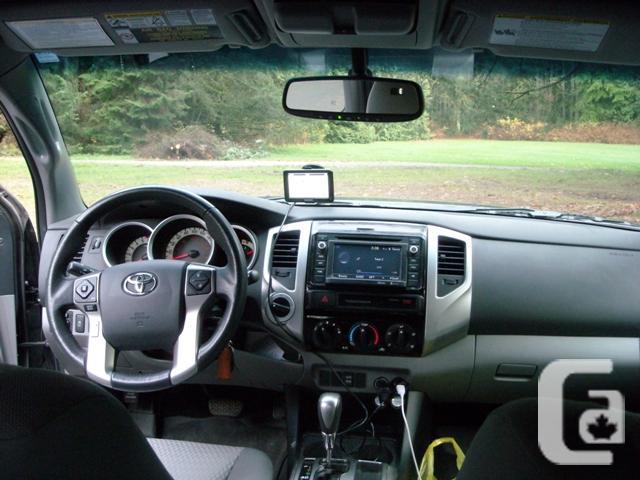 2015 Tacoma Truck SR5 V6 Access Cab 4x4 Auto
