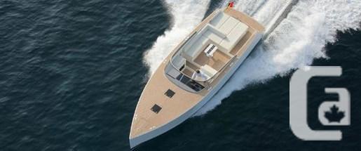 2016 VanDutch 40 Boat for Sale