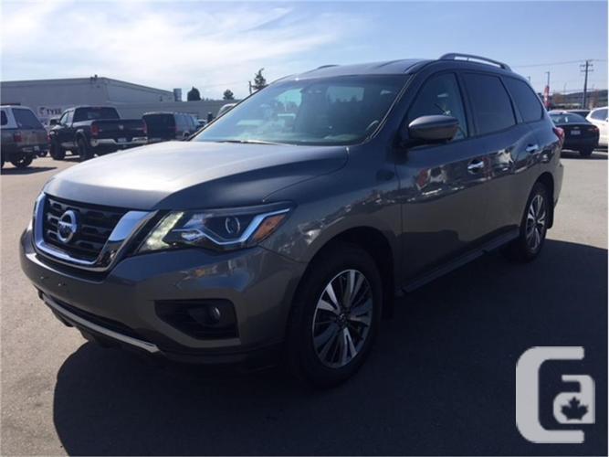 2017 Nissan Pathfinder SL 4x4 Bluetooth 7 Passenger