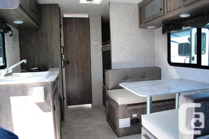 2019 Coachmen Apex Nano 185BH bunk house trailer