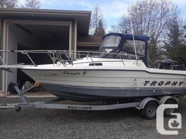 21Foot Bayliner Trophy Awesome boat for fishing or