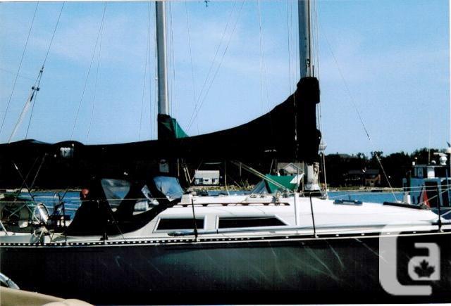 $24,900 1982 C&C C&C 32 Boat for Sale