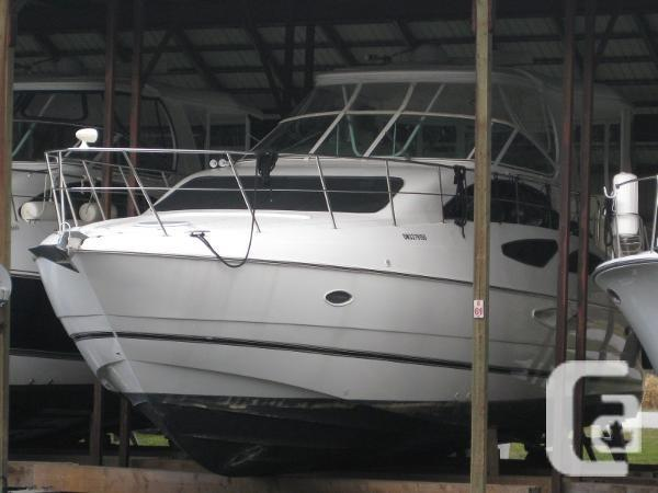 2004 cruisers yachts 455 express motor yacht boat for sale for Large motor yachts for sale