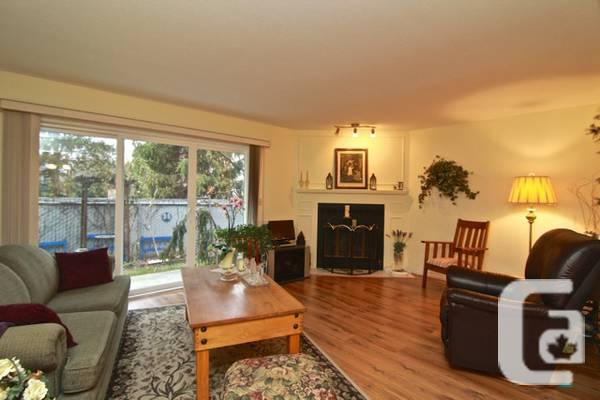 $259900 / 2br - 1503ft² - WELCOMING AND BRILLIANT