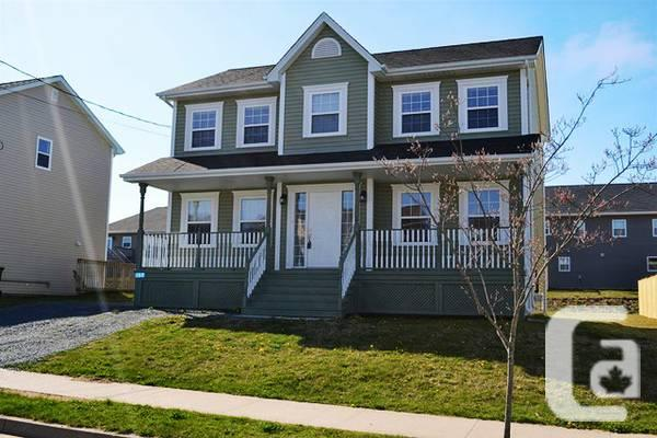 $289900 / 3br - 2586ft² - 157 Southbrook Crescent