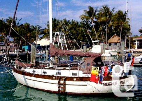 $29,900 1981 Young Sun Yacht Mackinaw 35 Boat for Sale
