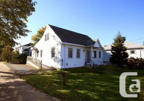 $299900 / 3br - Home with Business Element, Rental