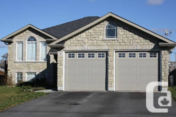 $299900 / 3br - OPEN HOUSE 16 Boyce Court Sun. May 25th