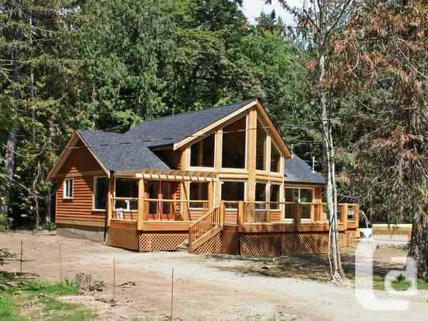 2br Beautiful Large Loft Style Log Home For Sale On