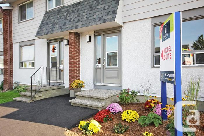 3 BDRM townhome with dishwasher for lease! (1910)