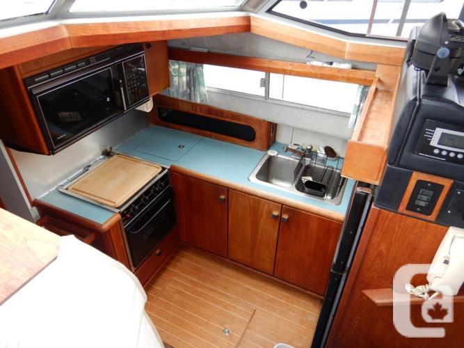 38 ft Bayliner 3818