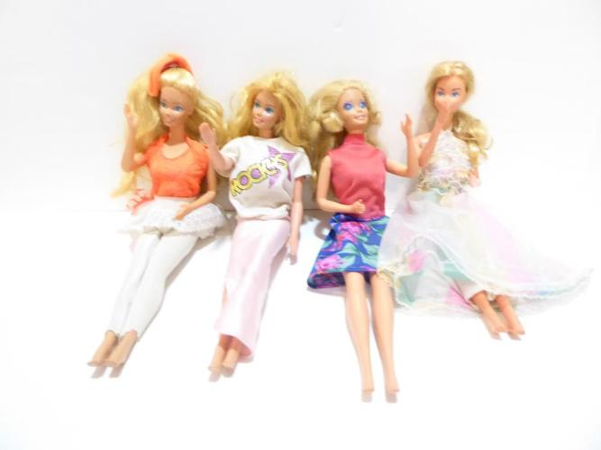 4 BARBIE DOLLS WITH FURNITURE SETS, CLOTHING & DOLL