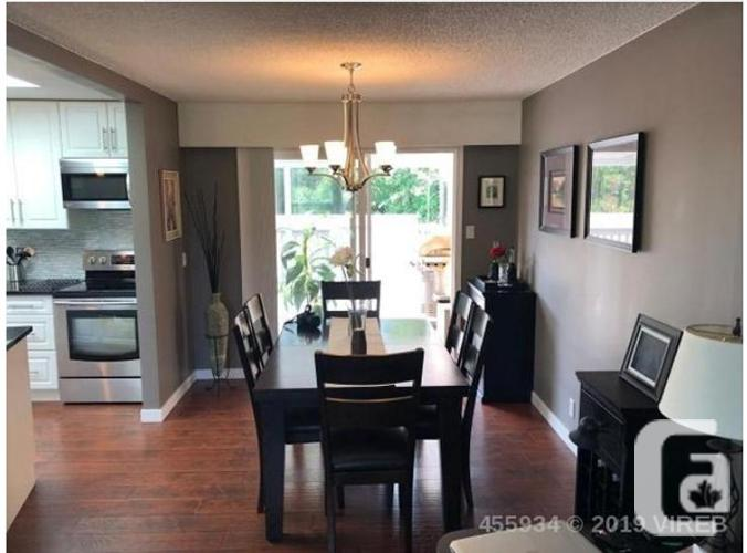 4 Bdrm 3 Bath House with Suite- 2581 Rosstown Rd  1/2