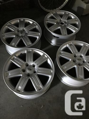 4 Landrover mag wheels. All four for $250 Land Rover