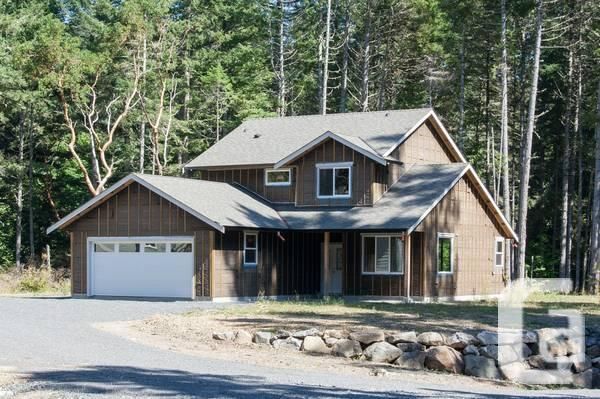4 NEW Homes in Sooke