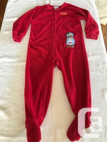 4 Sets of Boys (24 month) Pyjama's