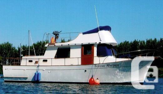$49,900 1974 CHIEN HWA Tri-Cabin Fibreglass Trawler