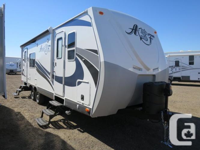 $49,988 2016 Northwood Arctic Fox 25W 25ft