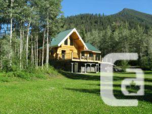 $499000 / 2000ft² - CUSTOM LOG HOME ON 15 ACRES -
