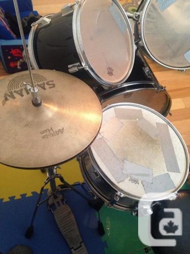 FREE: 5 piece drum set