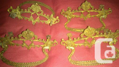 $59.99 4 Vintage Brass Drawer Pulls Look Nice Pieces
